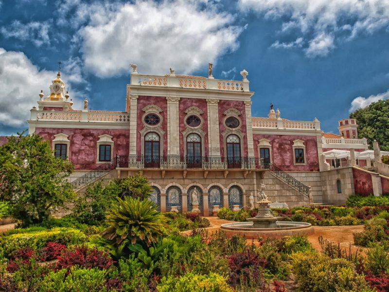 Construction in Portugal palace reused into hotel