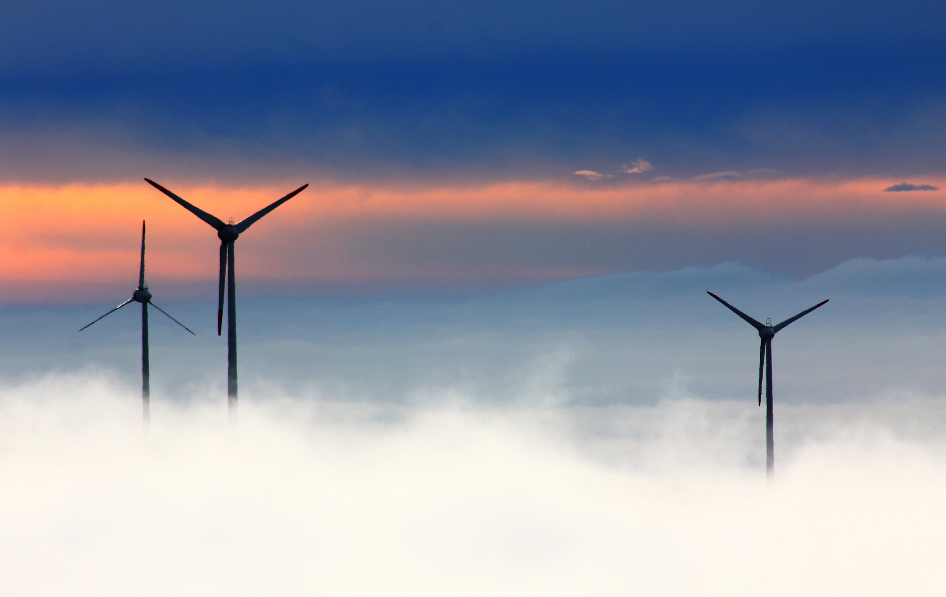 Clean electricity overtaking fossil fuels in Britain